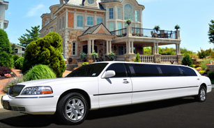 White Stretch Limousine in Austin
